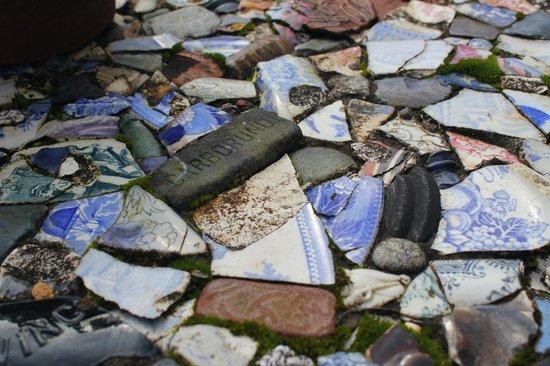 Lip na Cloiche Garden and Nursery: fab mosaics