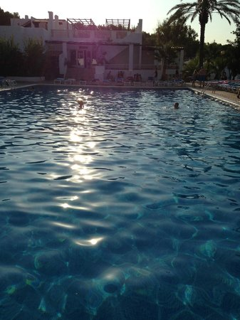 Cala Llenya Resort Ibiza: The pool