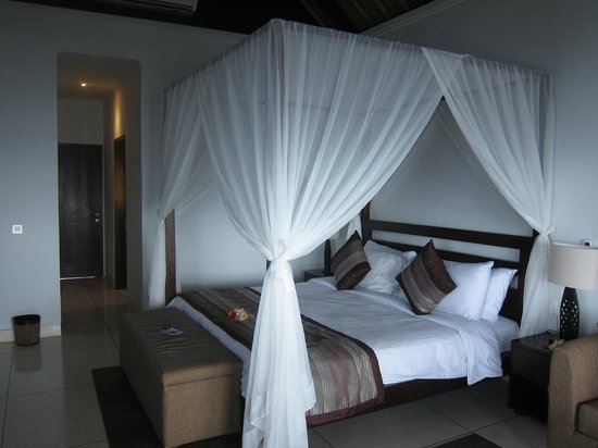 The Point Resort Lembongan : the room