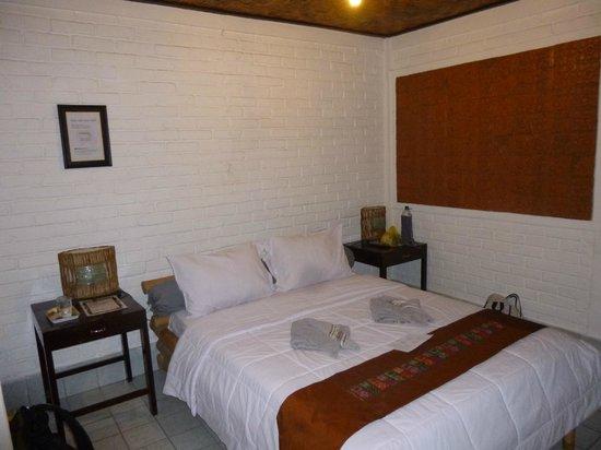 B&B Home Stay Griya Jungutan: Nuestra habitación (la número 3)