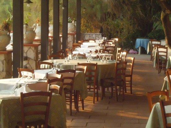 Hotel Club Torre Capovento: il ristorante
