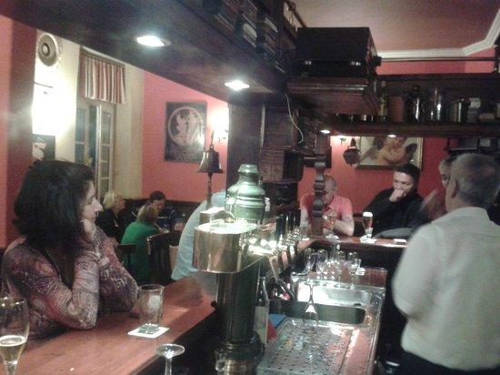 Zum kleinem Olymp: Sit at the bar for good conversation with regulars, visitors or the proprietors Jorgo and Alex