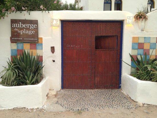 Auberge de la Plage : L'ingresso dall'esterno