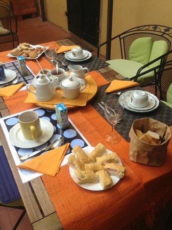Bed and Breakfast Fior di Gelsomino : Colazione 2' giorno