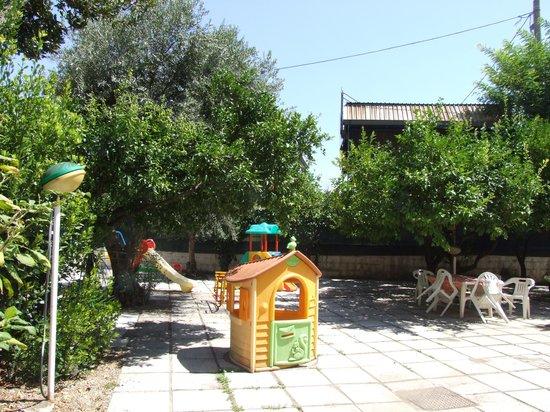 Bed And Breakfast Il Ciliegio: giardino
