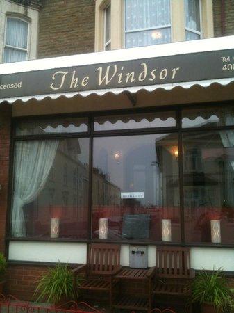 Windsor Hotel: front