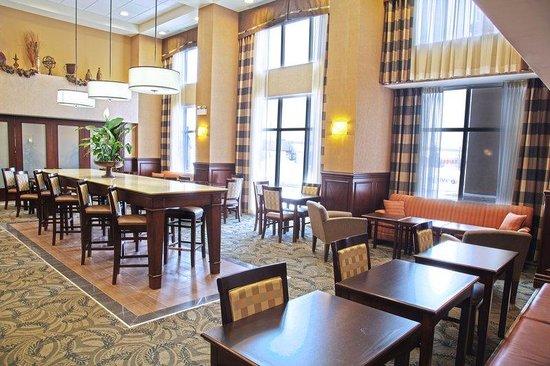 Hampton Inn Sudbury: Dining Area