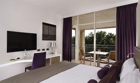 Hotel Sensimar Medulin: Suite Bedroom