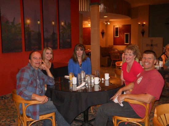 Cavallo's Restaurant : Happy customers!