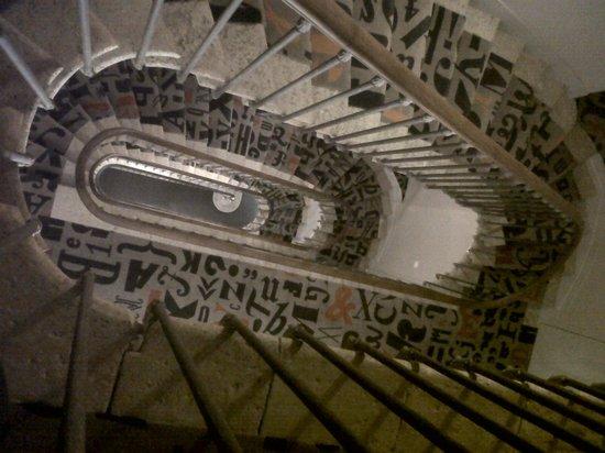 Hotel de la Presse : L'escalier amazing!