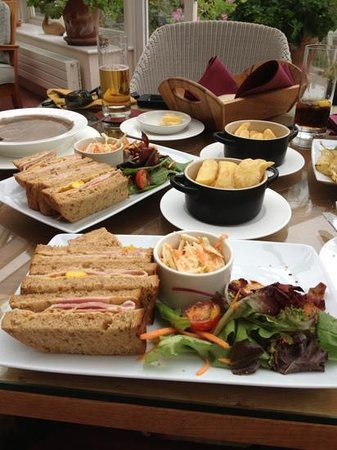 Lakeside Hotel: relaxed lunch