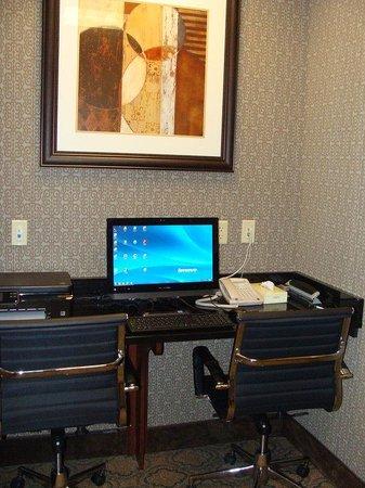 Holiday Inn Dothan: Business Center