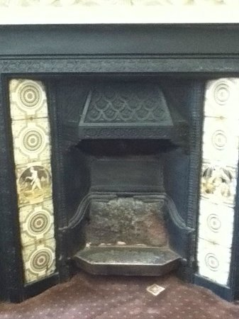 Jesmond Hotel : Fireplace added character!