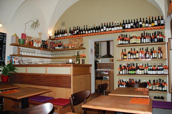 Vinograf  Wine Bar: Goa viner