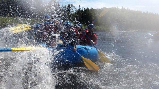 Rafting Newfoundland : splash!