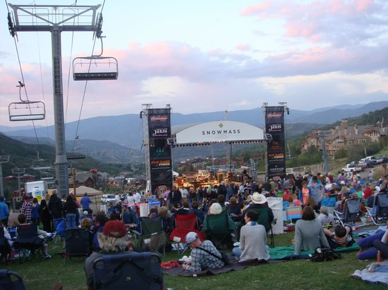 Viceroy Snowmass: Easy ride from Viceroy to Jazz Concert