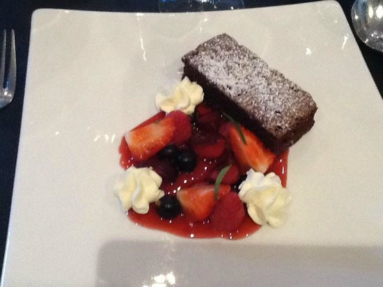 The Boat House Restaurant: Berries