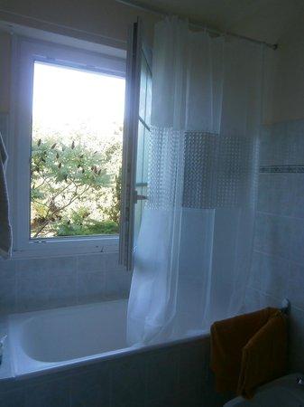 Roc An Eol: Tulip room's bathroom