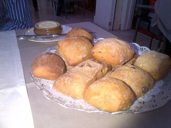 Hotel Le Provencal : il pane