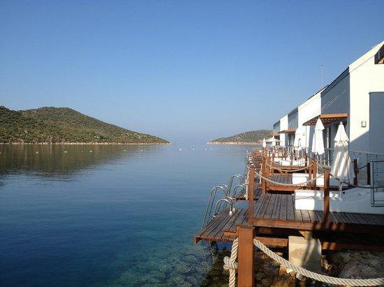 The Doria Hotel : vue à partir du ponton d'une chambre