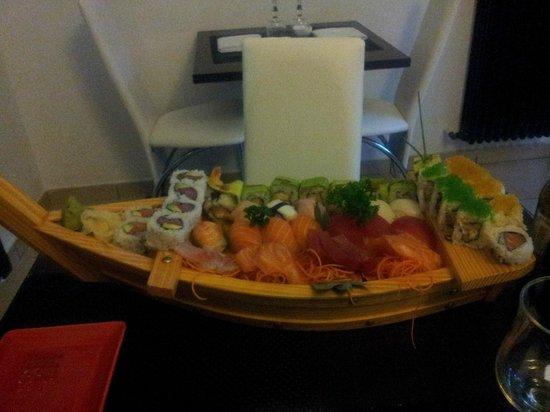 Insushi: Barca SUMO