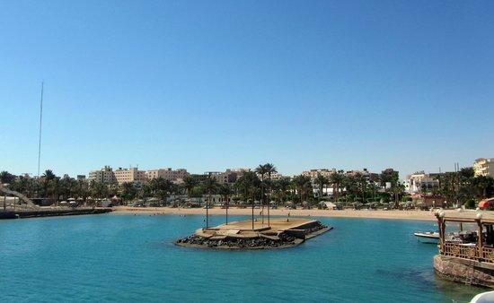 Festival Shedwan Golden Beach Resort: a