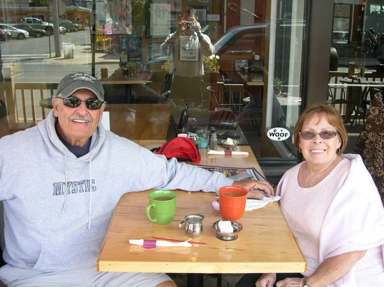 Smokey Joe's Saloon & Grill: Still in Love