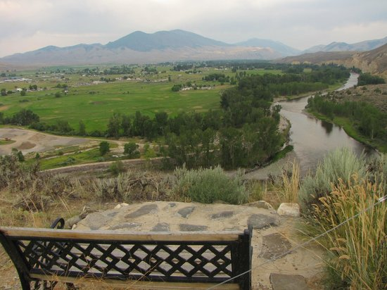 Syringa Lodge: Vantage point, overlooking the valley
