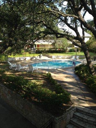 Kerrville, TX: Beautiful courtyard