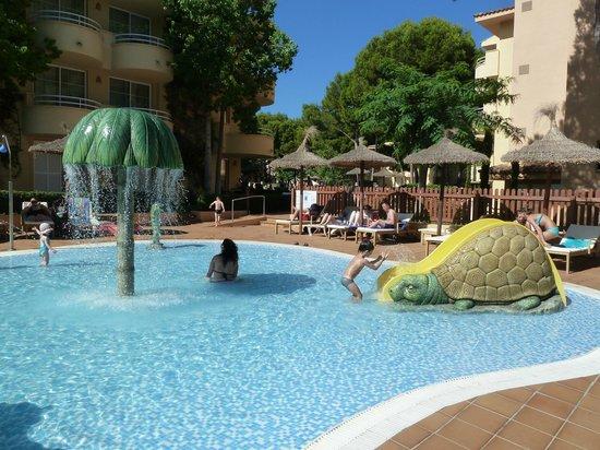 Prinsotel La Pineda: piscine pour enfants