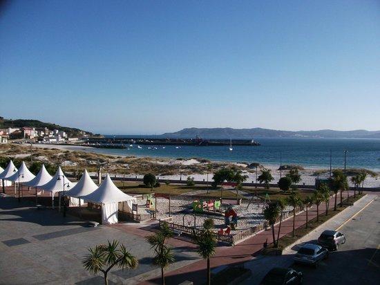 Hotel Playa de Laxe: Vista maravillosa desde la ventana ya sin verbena