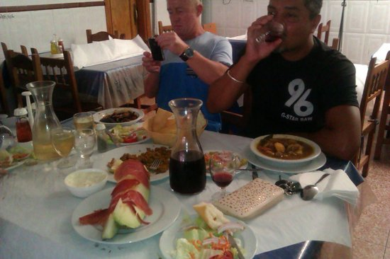 Restaurante Jaen: comfort food at its best........we are addicted to this place