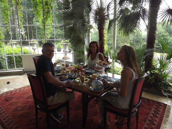 Chateau De Hodbomont : Breakfast room