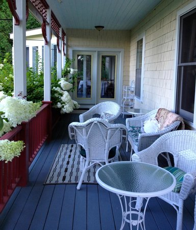 Victorian by the Sea: The porch area