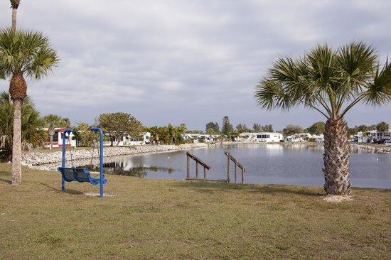 Indian Creek RV Resort : Resort Grounds