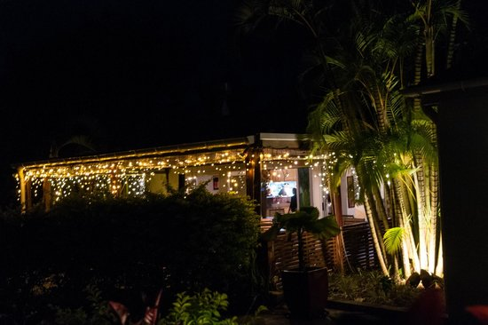 Moana Restaurant & Bar: Exterior at Night