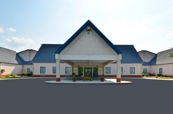 Best Western Wytheville Inn: Exterior