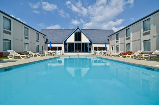 Best Western Wytheville Inn: Pool