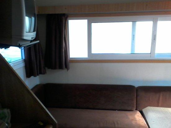 Camping Bayona Playa: sofa