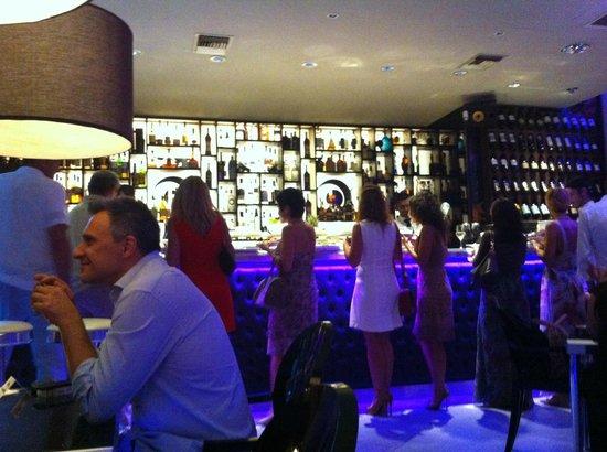 Hotel Sanpi Milano: Bar lounge Frank