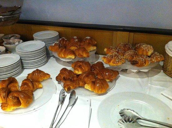 Hotel Sanpi Milano: Une partie du buffet petit déjeuner