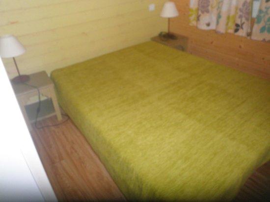 Résidence Odalys Shangri-La : chambre des parents
