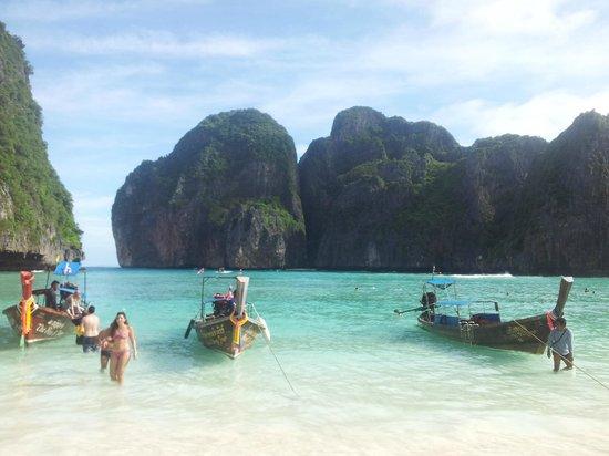 Phi Phi Island Village Beach Resort: Maya Bay