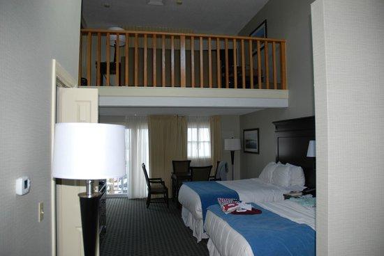 Ocean Mist Beach Hotel & Suites: Nice suite