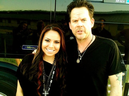 Lone Star Park: Gary Allan and Michelle Rodriguez