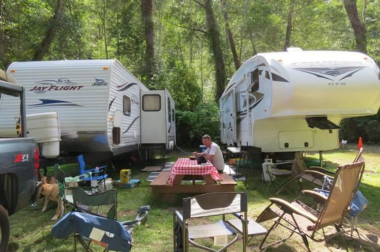"Kamp Klamath RV Park: Camping in ""The Glen"""