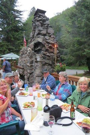 Kamp Klamath RV Park: Salmon Dinner