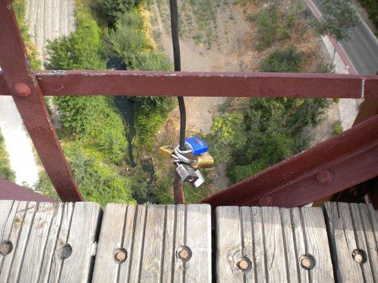 Puente de San Pablo (Saint Paul Bridge): candados