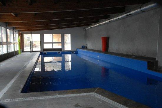 Château des Magnans : La piscine bleue