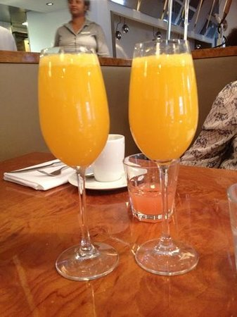 Park Hotel Amsterdam: mimosa's